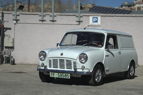 For Sale: 1969 Austin Minivan (LHD)